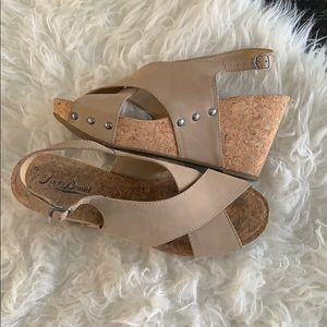 Lucky brand tan cork strappy wedges. Minari wedge